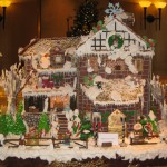 Large Ginger Bread House